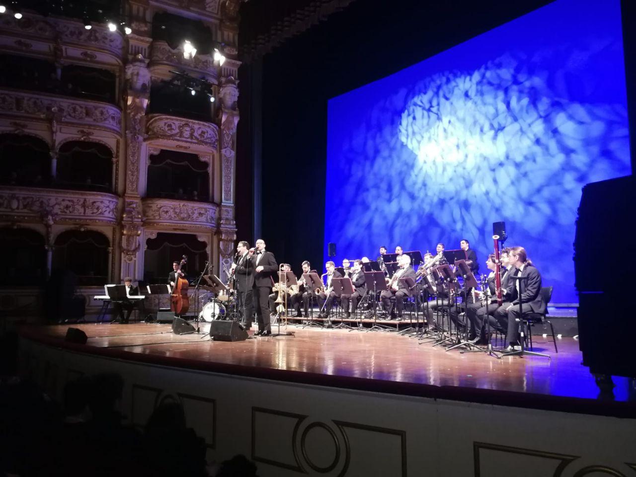 Sold out per i due concerti della «Petruzzelli Swing Orchestra»